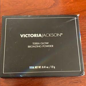 NWT Victoria Jackson Bronzing Powder